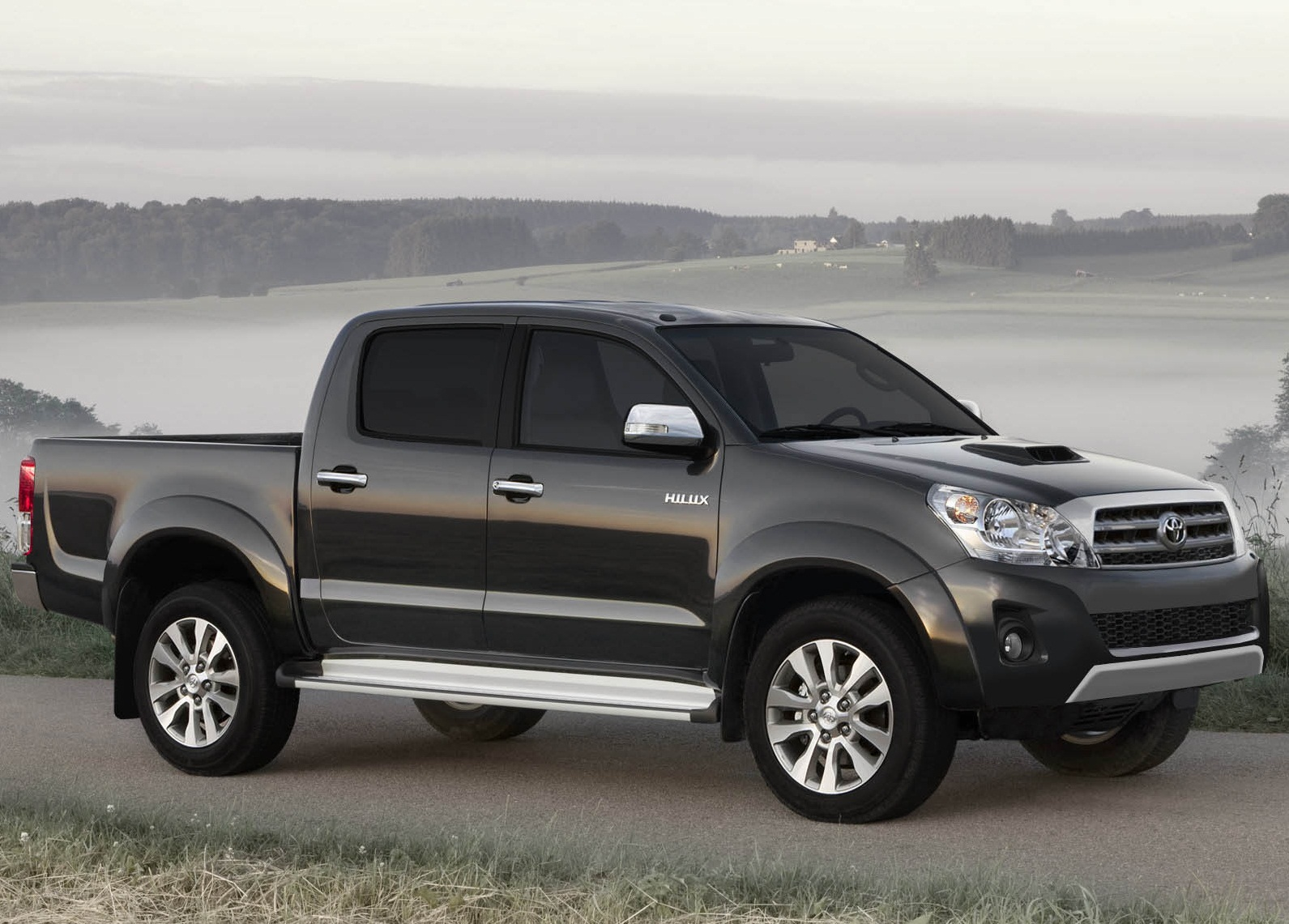 top 5 reasons why a 2014 toyota tacoma in london ontario is a great buy toyotatown london. Black Bedroom Furniture Sets. Home Design Ideas