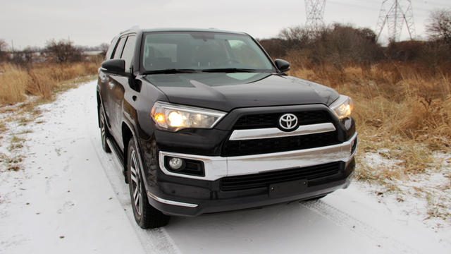 2014-Toyota-4Runner-Nose
