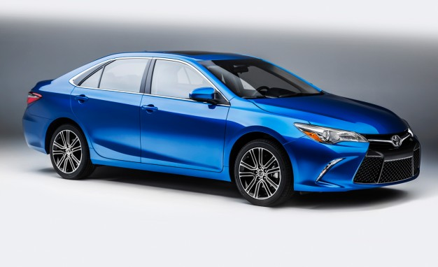 2016-Toyota-Camry-Special-Edition-PLACEMENT-626x382